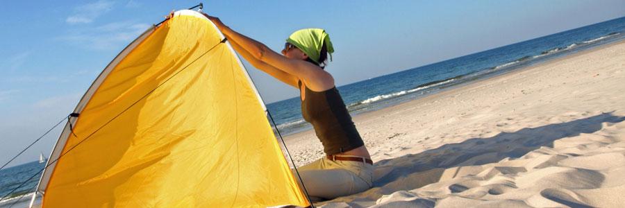 Camping-pieds-dans-l'eau